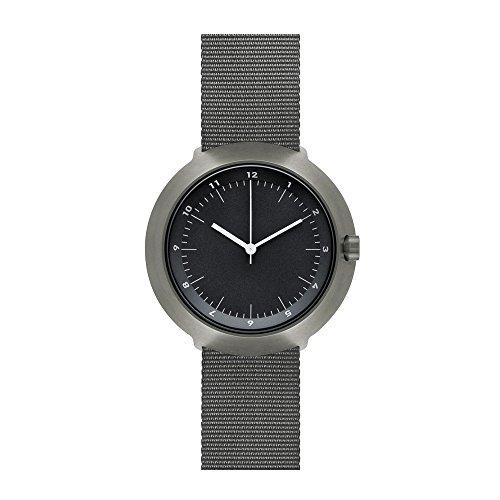 Normal Timepieces Fuji Edelstahl Gebuerstet IP Grau Nylon Schwarz Unisex Uhren