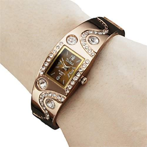 Soleasy Frauen Armband Stil Analog Quarz Metalluhr-WTH1028
