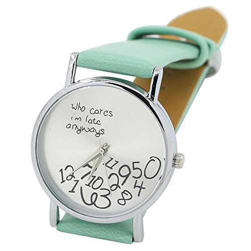 Sanwood Unisex mit Buchstaben Who Cares und Arabischen Nummern Kunstleder Uhr Minzgruen