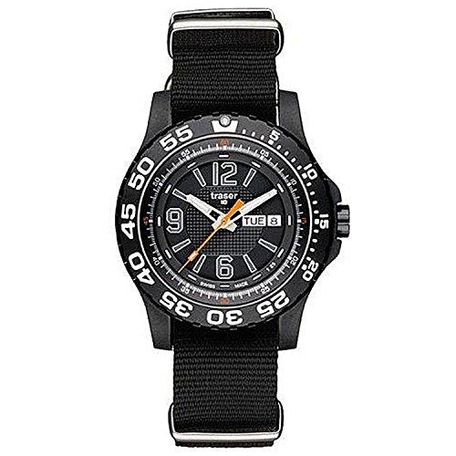 Traser P6600 41F 0S 01 Herren Schwarzes Nylonband schwarzes Zifferblatt NATO Watch