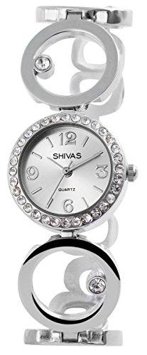 Damen Analog Armbanduhr mit Quarzwerk 100422600197 und Metallgehaeuse mit Metallarmband und Clipverschluss Ziffernblattfarbe silberfarbig Bandgesamtlaenge 20 cm Armbandbreite 20 mm