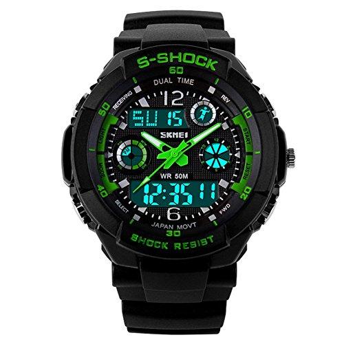 SKMEI 5 ATM wasserdichte Mode Herren LED Digital Stoppuhr Chronograph Datum Alarm laessig Sport Armbanduhr 2 Zeitzone Gruen