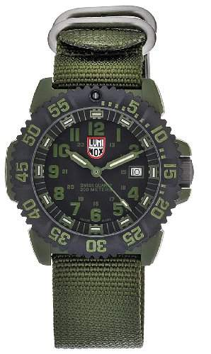 Luminox Herren-Armbanduhr XL Analog Quarz Nylon A3042