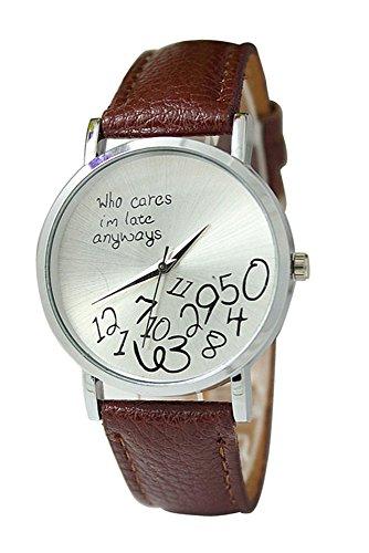 Armbanduhr SODIAL R Unisex Uhr mit who cares im late anyways und Arabischen Nummern Kunstleder Armbanduhr Quarz Analog Uhr Kaffee