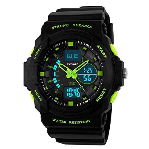 BesWLZ Boys Multifunktional Digital Hintergrundlicht Quarzuhr Wasserfest 50M Outdoor Sport Alarm Stoppuhr Armbanduhren Gruen