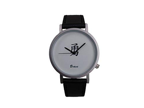 Ausserhalb ein Geschenk macht Magic Worte Brave Creative Design Armbanduhr mit weissem Zifferblatt silbernem Fall Schwarz Lederband Japanisches Quarz fuer Mann und Frau bagts0017