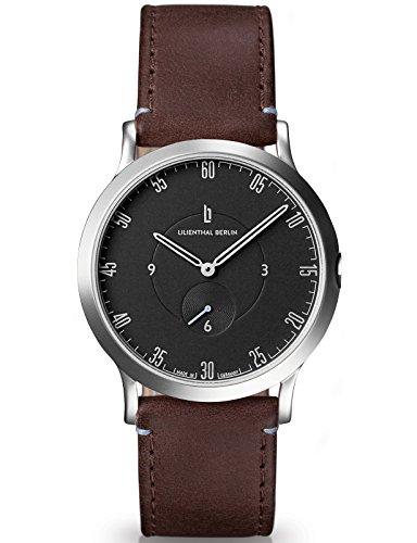 Lilienthal Berlin Made in Germany Die neue Uhr aus Berlin Modell L1 klein Edelstahl Gehaeuse schwarzes Zifferblatt dunkelbraunes Armband