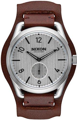 Nixon C39 Leather A459 2387 Herrenarmbanduhr Design Highlight