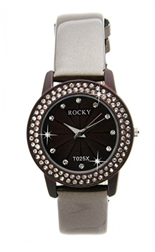 Zeigt Frau und 100 Diamanten CZ Leder grau Rocky 2102