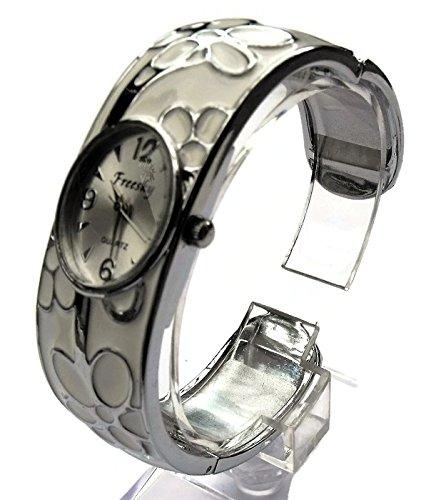 QBD Damen Geschnitzt Farbe Armband Mode Uhr Beauty Kleid Uhr Einzigartiges Design Weiss