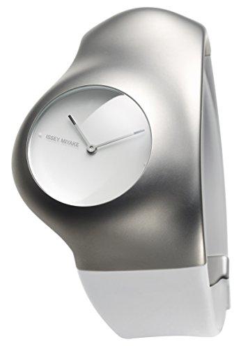 Extravagante Armbanduhr vom Designer Issey Miake SILAU001