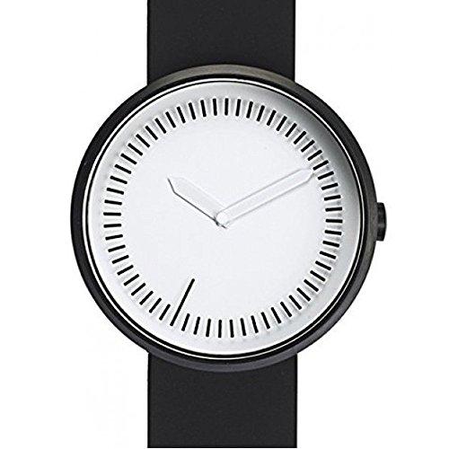 Zwischenzeit Uhr Schwarz Silikon Band von Denis Guidone fuer Projekte Uhren