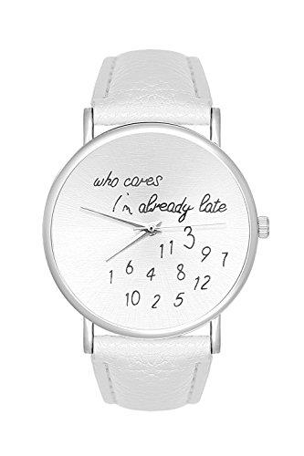 Fashion Trend Uhr Schriftzug Who Cares Im already late Farbe Silber Weiss Weiss Armbanduhr Unisex Blogger Uhren Trenduhren Minimalistisch La Boheme Lederarmband Dalas Bijou Mingbo