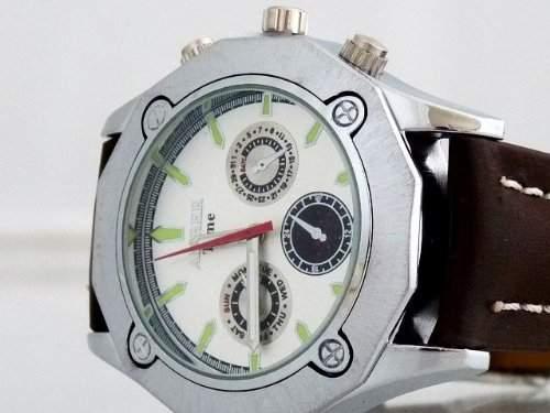 U-Thirtyseven sportliche Herren Uhr Chrono Chronographen Design