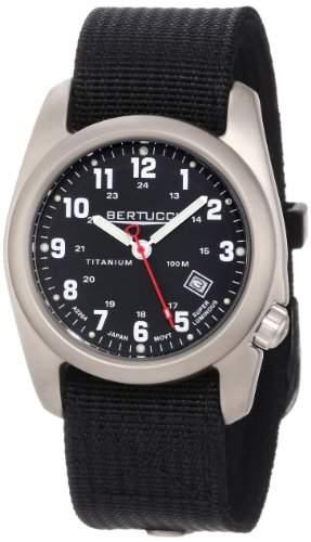 Bertucci Herren 12022 A-2T Original Classics Durable Titanium Field Armbanduhr