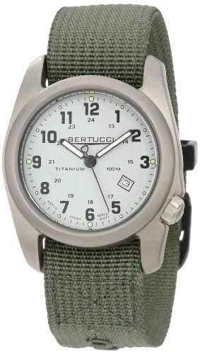 Bertucci Herren 12703 A-2T Original Classics Durable Titanium Field Uhr