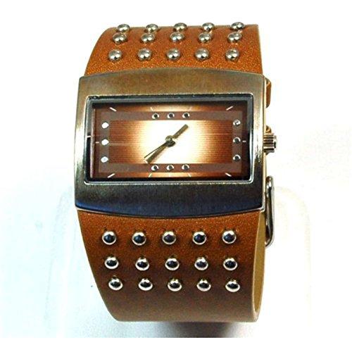 Damen Modeuhr mit einem braunen weiten PU Armband NL 05365